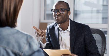 Formación gratuita en comunicacion-asertividad-y-escucha-activa-en-la-empresa