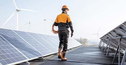 Formación gratuita en estudios-de-viabilidad-de-instalaciones-solares
